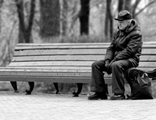 Reducir los impuestos a las personas de bajos ingresos que viven solas