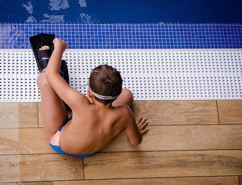 El PP permite a Piscis cobrar lo mismo, pese a mantener una piscina menos este verano