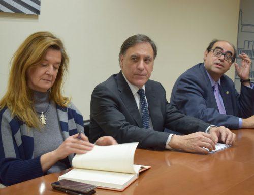"""El alcalde Carbayo (PP) ha hecho del Ayuntamiento """"su cortijo"""" para seguir incumpliendo la Ley Electoral"""